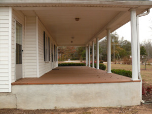 2350 Diamond Hill Neese Road - Front Porch