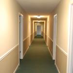 620 Hawthorne Avenue - Hallway