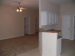 324 Park West Blvd - Living Room / Kitchen Bar